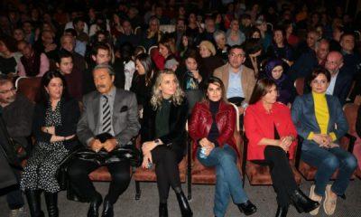 HDP'nin tiyatrosunu CHP'liler de izledi