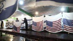 İran fabrikaları protestoculara özel ABD bayrağı üretiyor