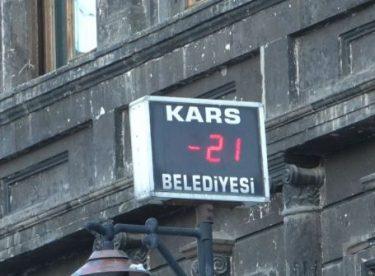 Kars'ta -21 derece hayatı olumsuz etkiliyor