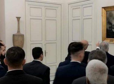 Yunan bakanın Hafter'e gösterdiği tablo