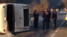 Zonguldak'ta işçi servisi devrildi: 7 yaralı
