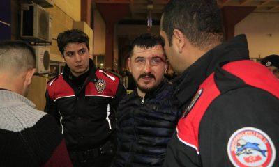 Adana otogarında silahlı sopalı kavga: 1'i ağır 3 yaralı