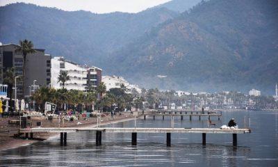 Akdeniz'de 4.4 büyüklüğünde deprem oldu