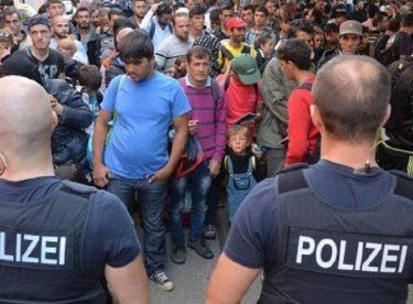 Almanya'da Türkiye'ye para vermeyelim kavgası