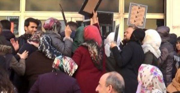 Diyarbakır HDP binası önünde gerginlik