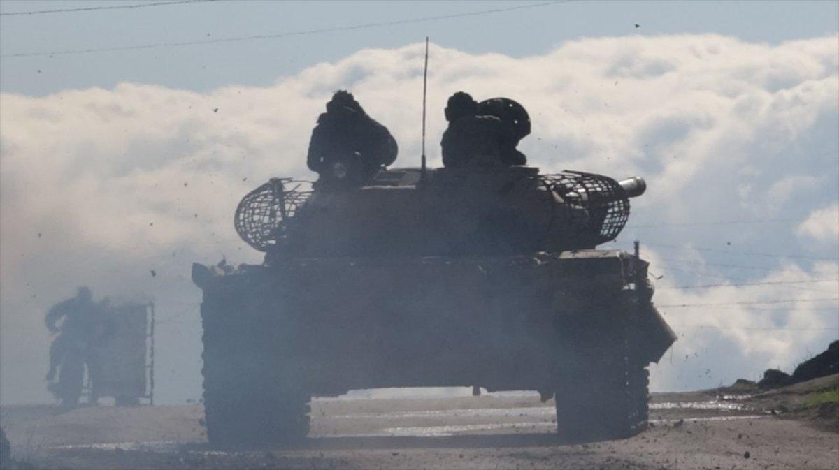 İdlib'de 9 köyü rejim güçlerinden geri aldı