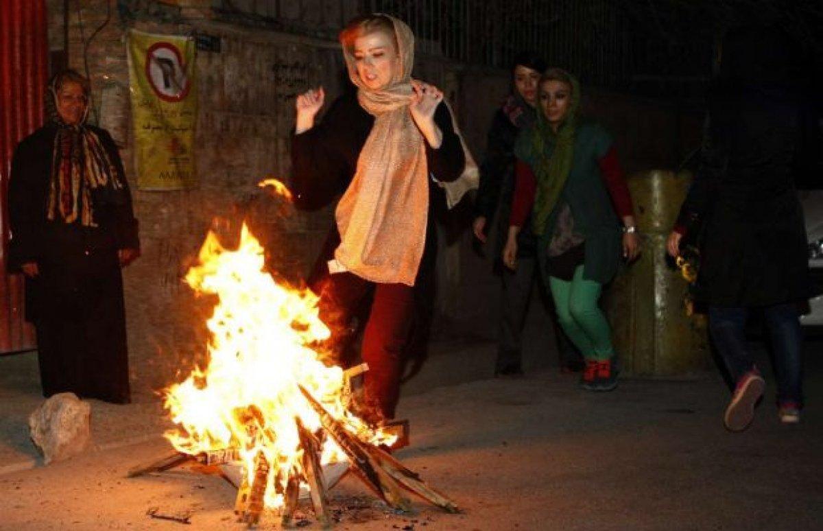 İran'da 'Çarşamba Suri' kutlamalarında 3 kişi öldü
