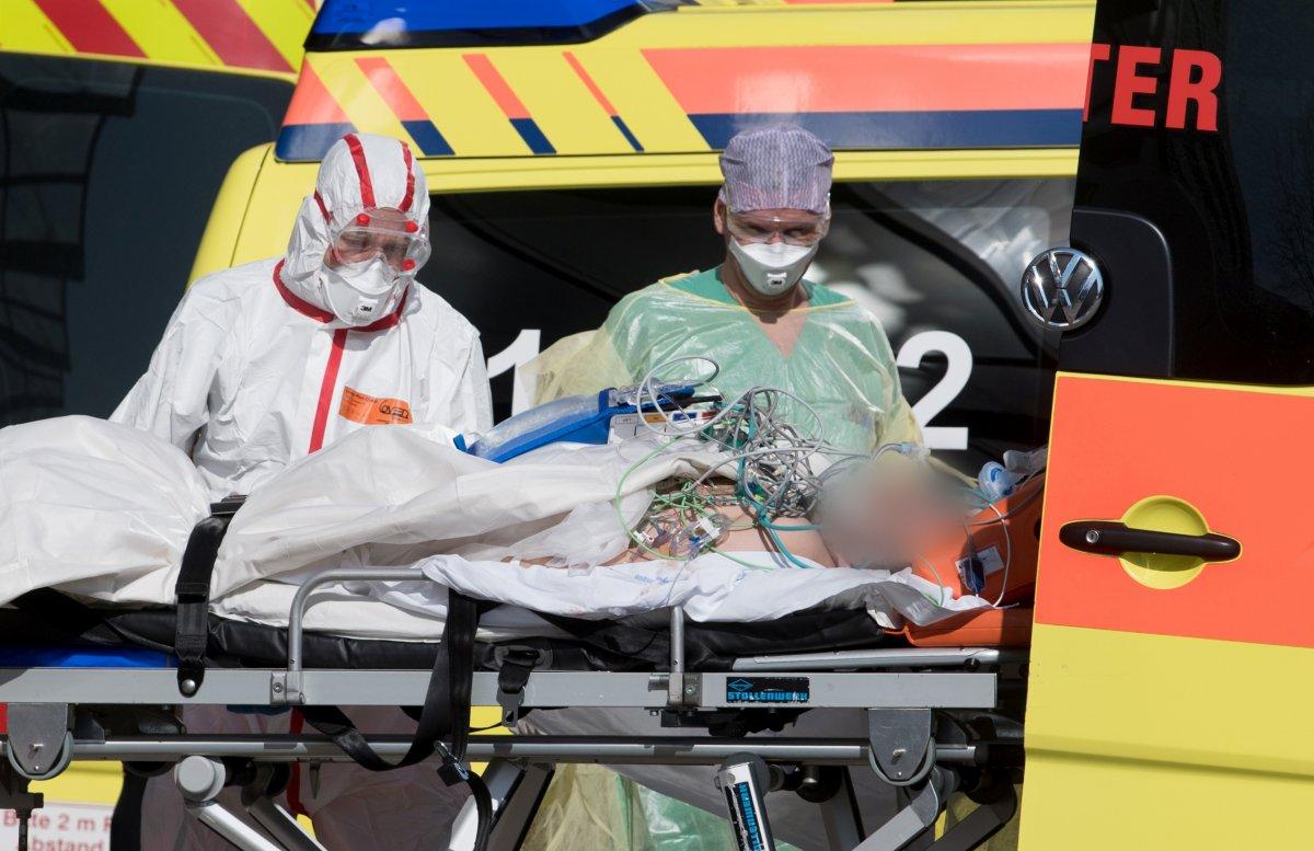 İtalya'da 24 saatte 683 kişi daha hayatını kaybetti
