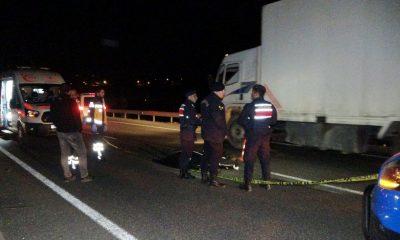 Uşak'ta kaza yapan motosiklet sürücüsü yaşamını yitirdi