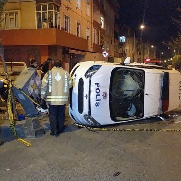 Gaziosmanpaşa'da polis ekipleri kaza yaptı