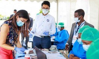 Madagaskar'da koronavirüse karşı bitkisel ilaç üretildi