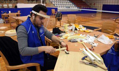 Spor salonu maske üretim atölyesine dönüştürüldü