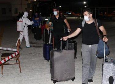 ABD'de yaşayan 145 Türk vatandaş Türkiye'ye getirildi