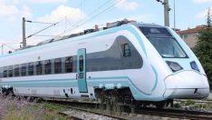 Milli elektrikli tren raylara indi! Saatte 176 kilometre hıza ulaşıyor