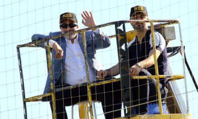 Adana Demir Başkanı maçı vinçte izledi
